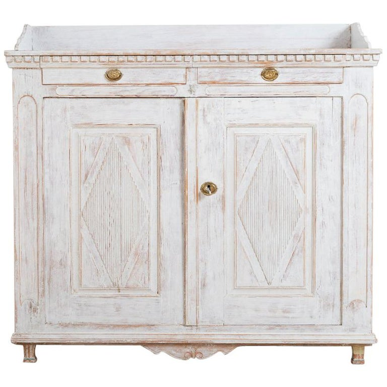 Year 1800 Swedish Gustavian Sideboard from Örnsköldsvik For Sale