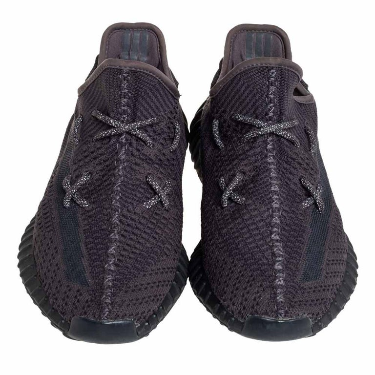 Yeezy x Adidas Black Knit Fabric Boost 350 V2 Sneakers Size 42 2/3 In Good Condition For Sale In Dubai, Al Qouz 2