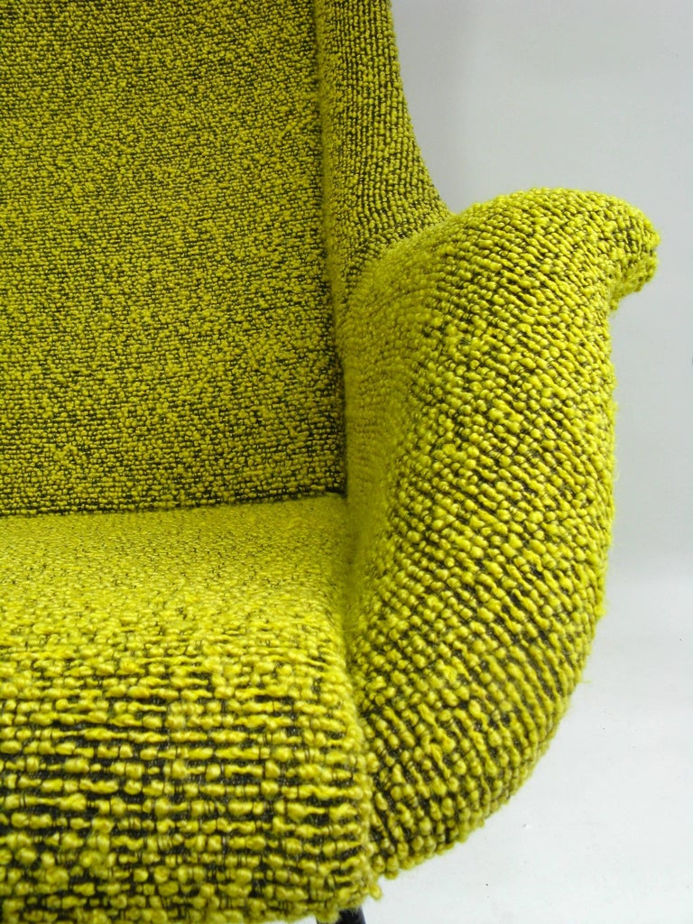Yellow and Green Wingback Armchair by Miroslav Navratil for Ton, 1960s In Good Condition For Sale In Wrocław, Poland