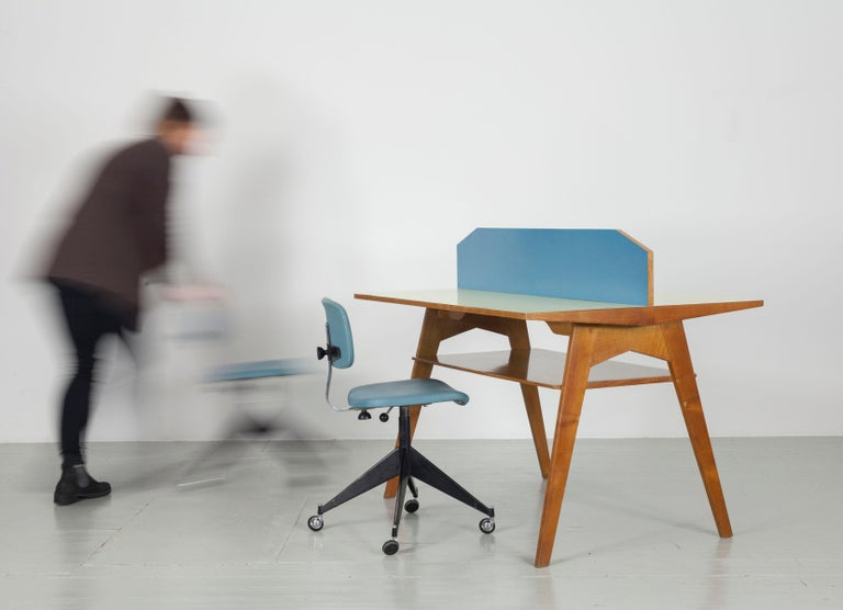 Yellow and Light Blue Italian Double Desk, 1950s For Sale 4