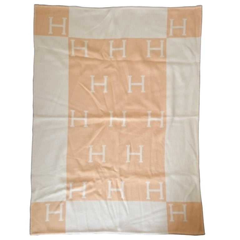 Yellow Avalon Wool & Cashmere Hermès Blanket - 105 x 136 cm (41.3 x 53.5 Inches)