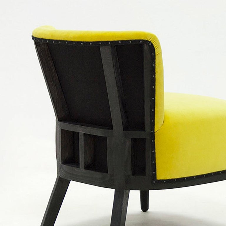 Yellow Black Chair In New Condition For Sale In Paris, FR