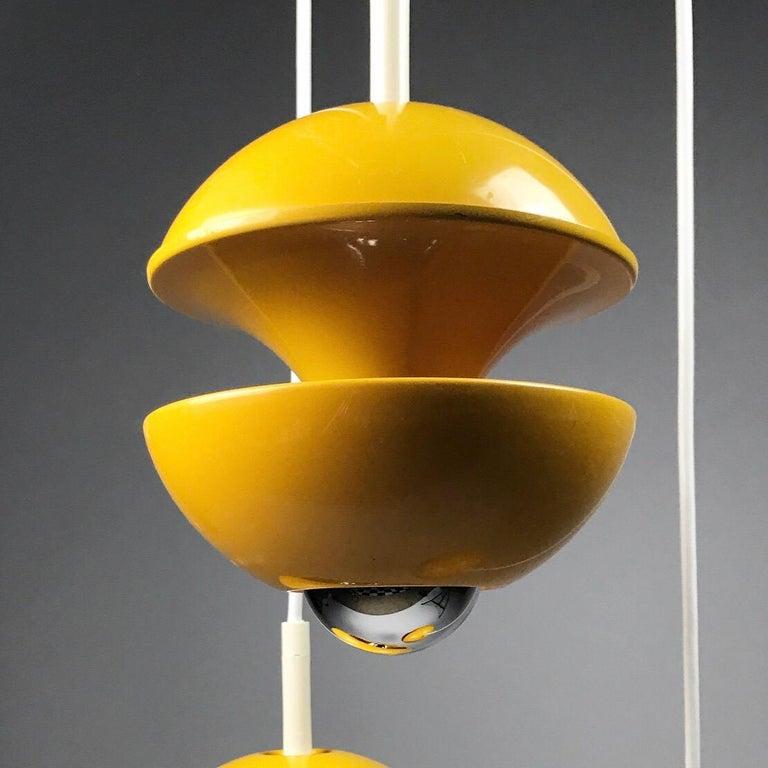 Scandinavian Modern Yellow cluster chandelier by Klaus Hempel for Kaiser Leuchten, Germany 1972 For Sale