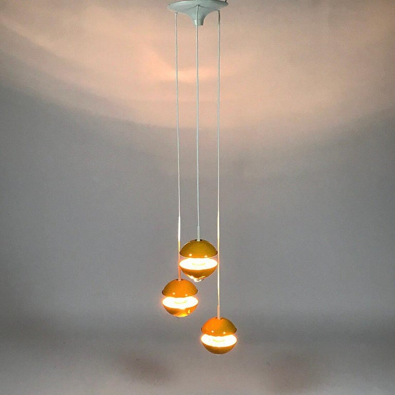 Lacquer Yellow cluster chandelier by Klaus Hempel for Kaiser Leuchten, Germany 1972 For Sale