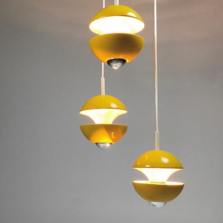 Yellow cluster chandelier by Klaus Hempel for Kaiser Leuchten, Germany 1972 For Sale 1