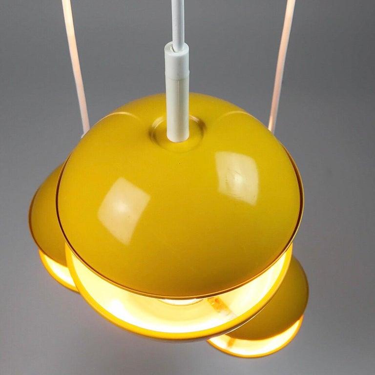 Yellow cluster chandelier by Klaus Hempel for Kaiser Leuchten, Germany 1972 For Sale 3