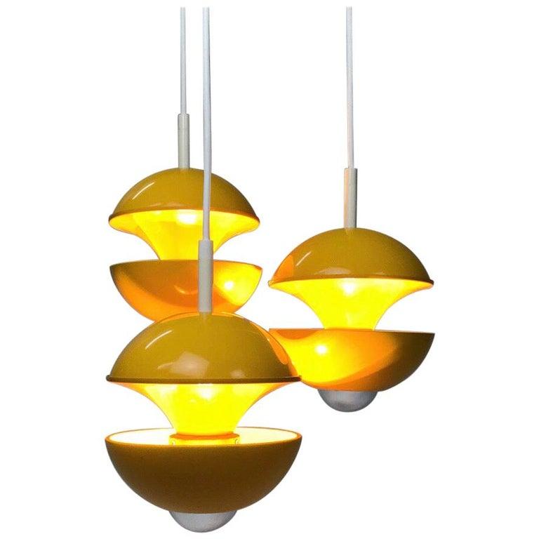 Yellow cluster chandelier by Klaus Hempel for Kaiser Leuchten, Germany 1972 For Sale