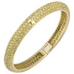 Yellow Diamond Set Yellow Gold Hinged Bangle