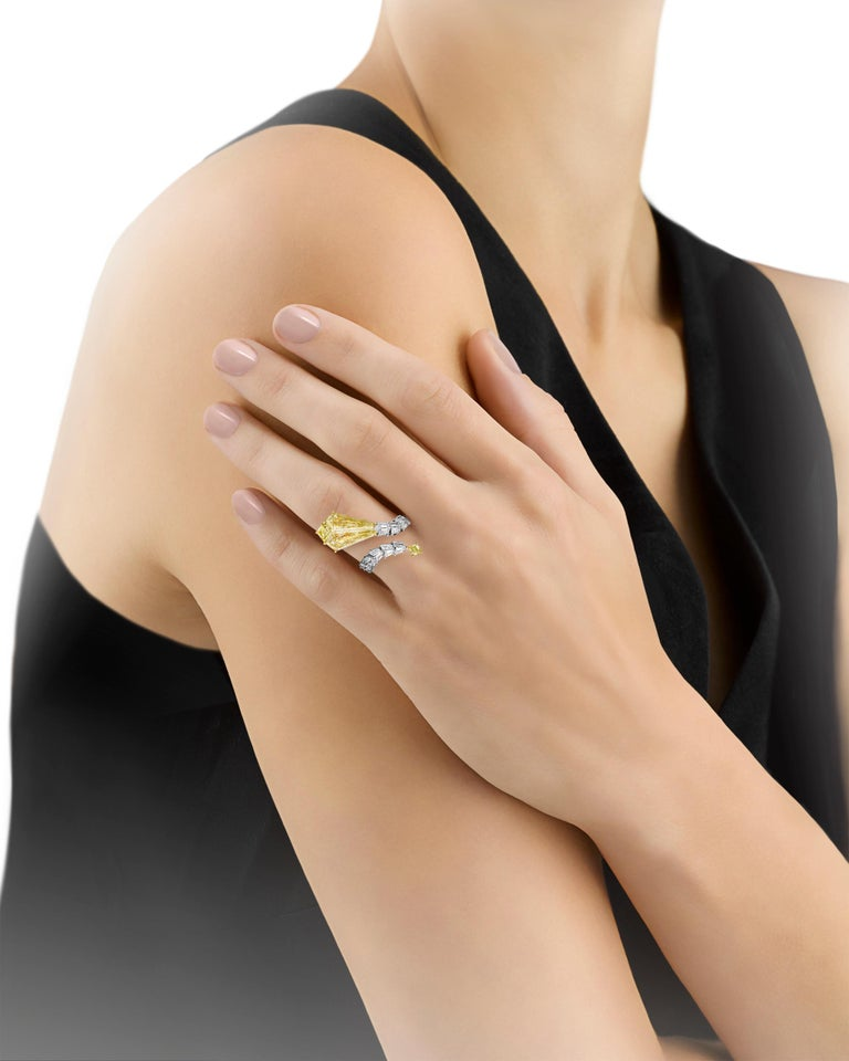 Shield Cut Yellow Diamond Snake Ring, 4.72 Carats For Sale
