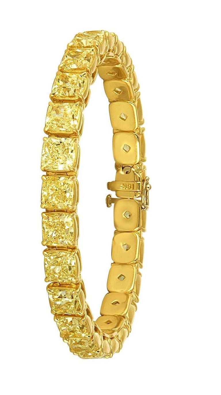 Women's Yellow Diamonds Cushion Cut Set in Gold Bracelet For Sale
