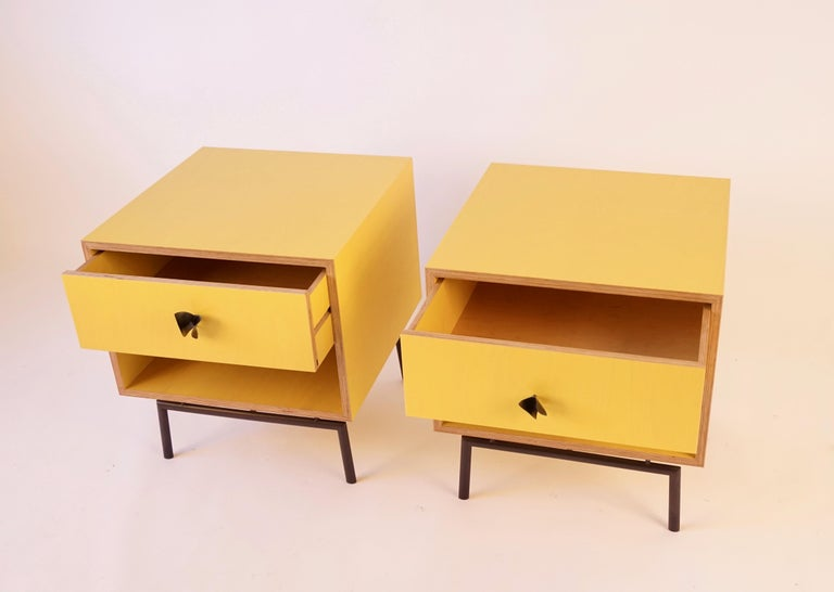 Plywood Yellow Finn Ply Bedside Tables with Bronze Base and Bronze Butterfly Pulls For Sale