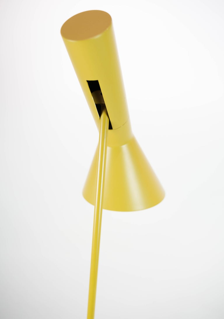 Mid-20th Century Yellow Floor Lamp Designed by Arne Jacobsen and Manufactured by Louis Poulsen For Sale