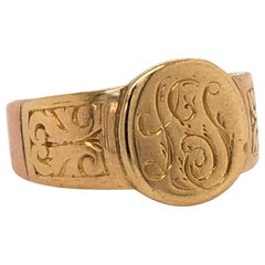 Yellow Gold 18 Karat Old Signet Ring