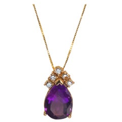 Yellow Gold 18k 4.00 Carat Purple Amethyst and Diamond Necklace