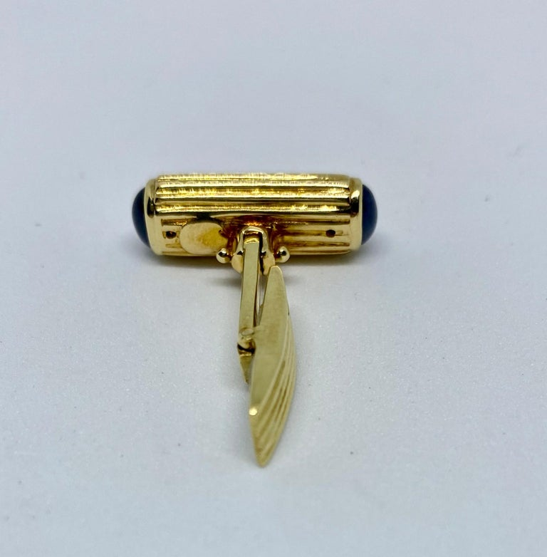 Women's or Men's Yellow Gold and Blue Sapphire Cufflinks For Sale