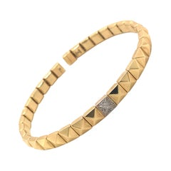 Yellow Gold and Diamond 0.60 Carat Color G Flexible Bracelet 18K Pyramid Shape