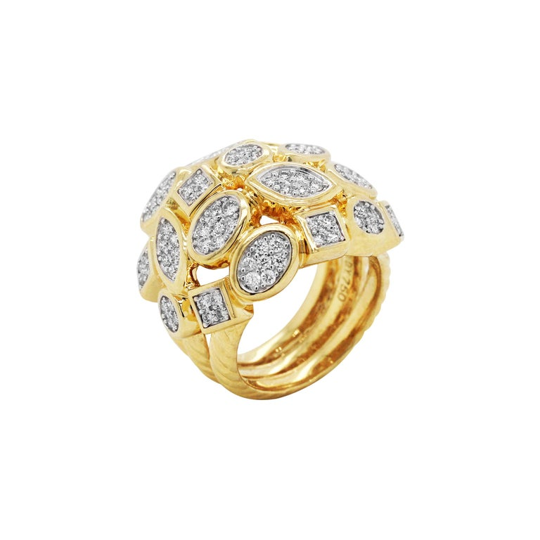 Yellow Gold and Diamond Cluster Ring For Sale