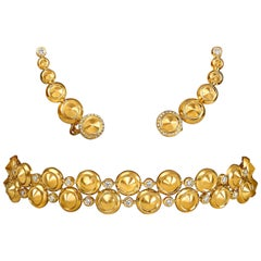 Yellow Gold and Diamonds Choker Necklace and Earrings Suite