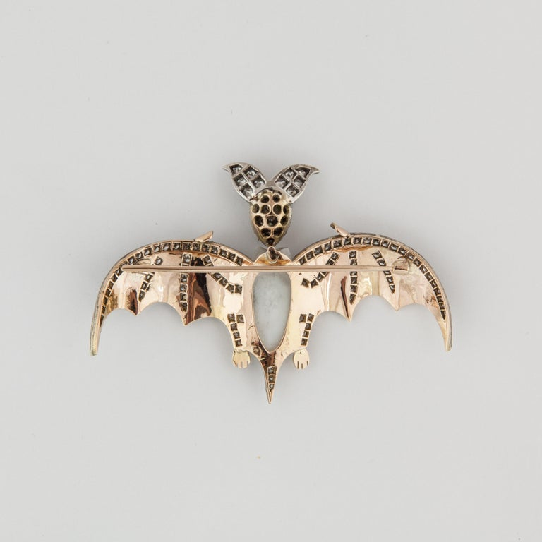 Yellow Gold and Sterling Silver Bat Pin In Good Condition For Sale In Houston, TX