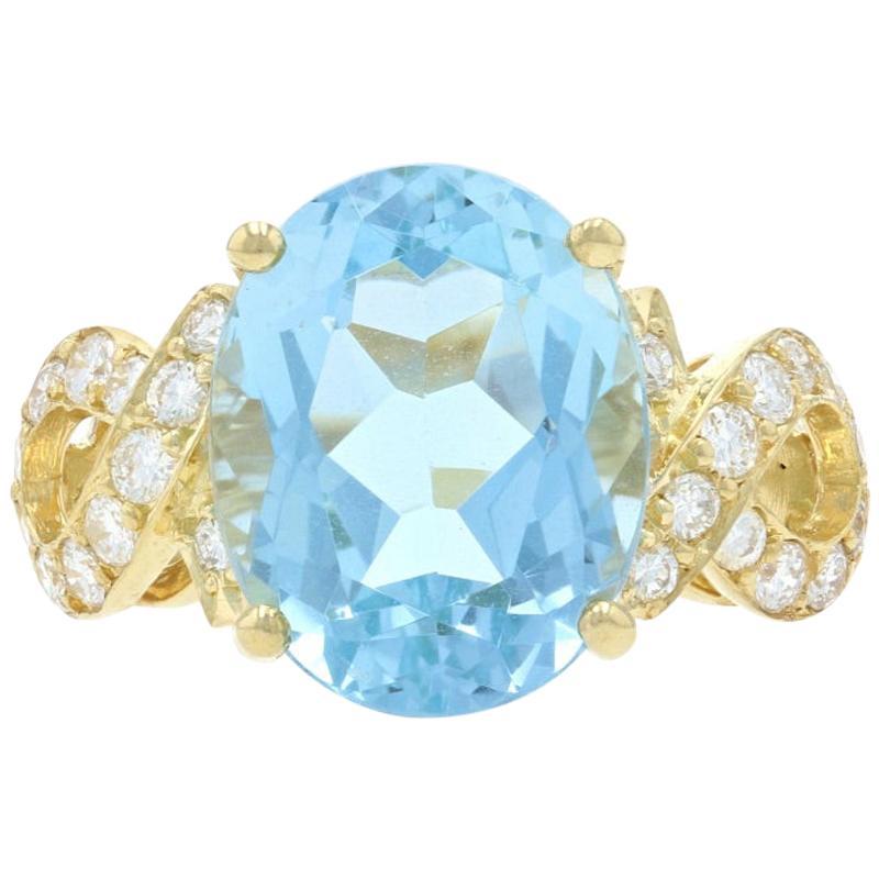 Yellow Gold Aquamarine and Diamond Ring, 18 Karat Oval Brilliant Cut 7.23 Carat
