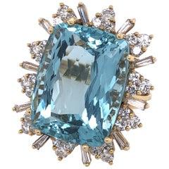 Yellow Gold Aquamarine and Diamond Ring