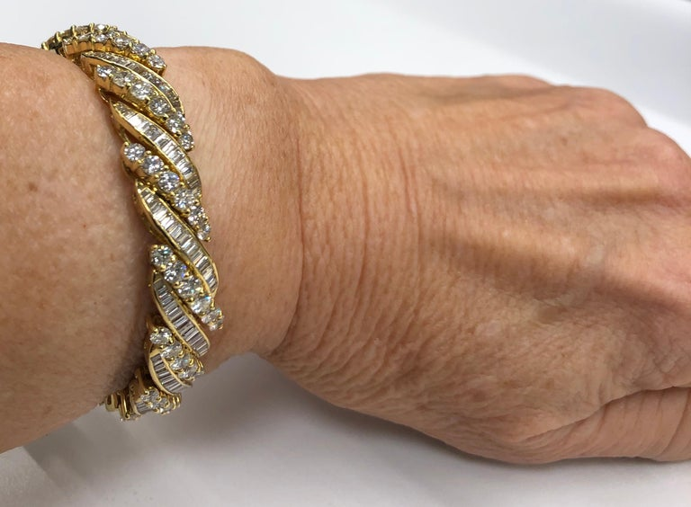 Yellow Gold Baguette Diamond Bracelet For Sale 1