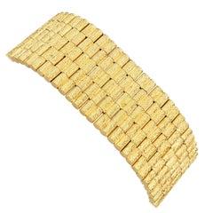 Yellow Gold Bark Finish Bracelet