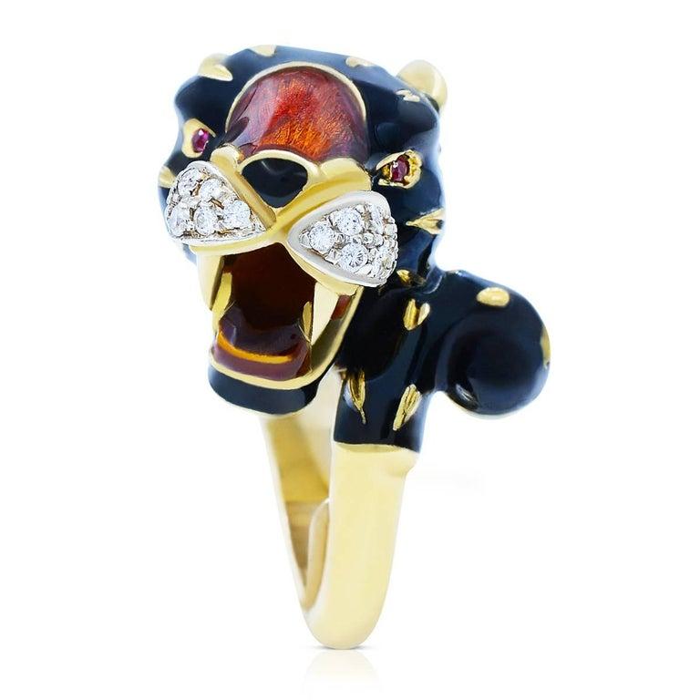 Round Cut Yellow Gold Black Panther Diamond Cool Fashion Animal 18 Karat Ring For Sale