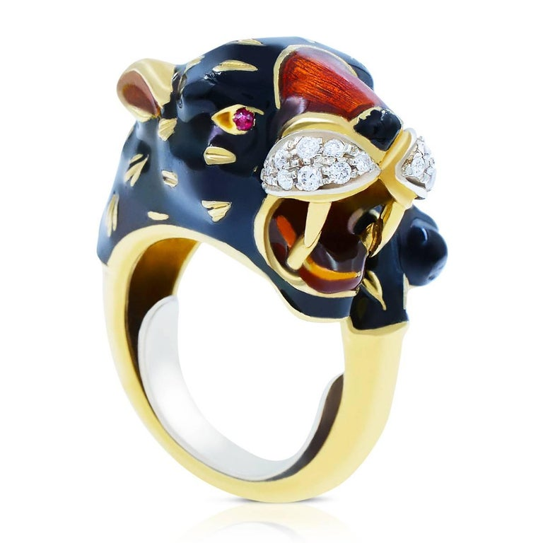 Yellow Gold Black Panther Diamond Cool Fashion Animal 18 Karat Ring In Excellent Condition For Sale In New York, NY