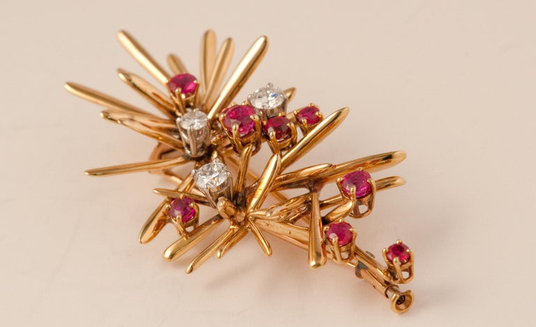 Yellow Gold Brooche In Good Condition For Sale In Vannes, FR