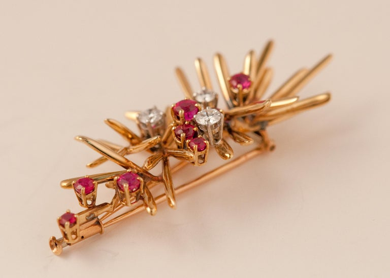 Yellow Gold Brooche For Sale 1