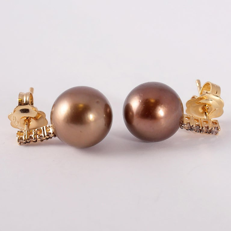 Women's or Men's Yellow Gold Brown Tahitian Pearl and Brown Diamond Earrings For Sale