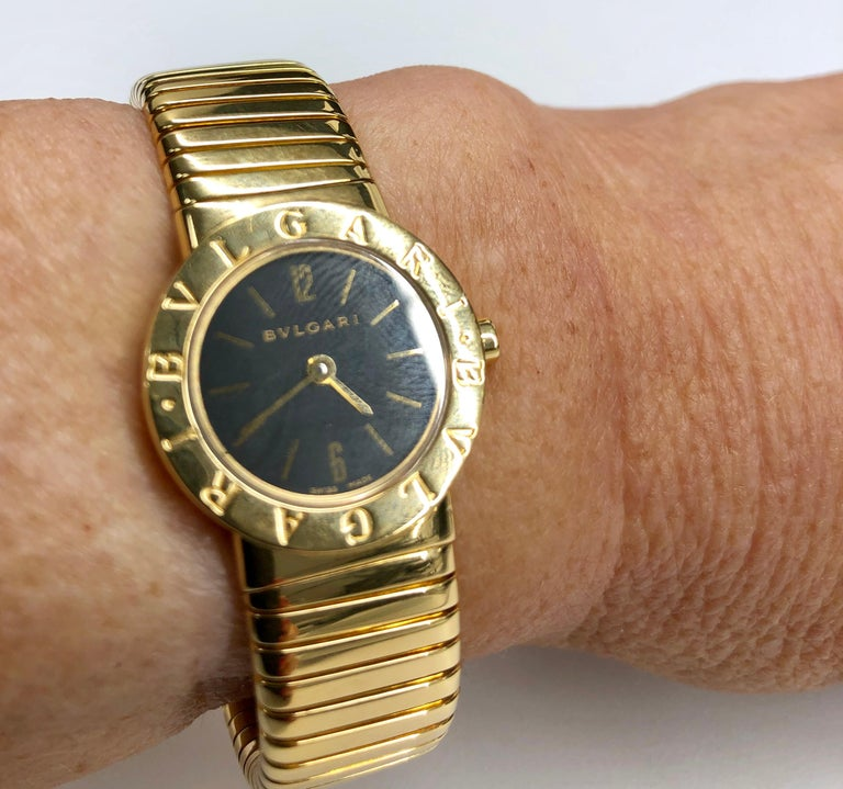 Women's or Men's Yellow Gold Bulgari Tubogas Ladies Watch For Sale
