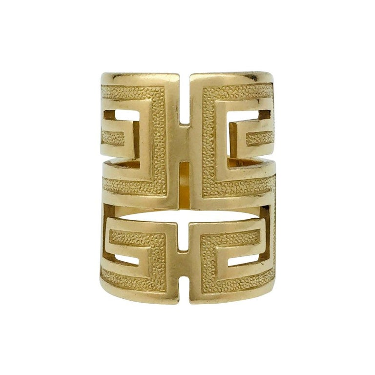 "Yellow Gold Cartier ""Meander"" Ring, Typically Design of 1970 For Sale"