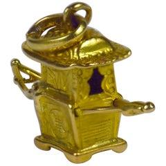 Yellow Gold Chinese Sedan Chair Charm Pendant