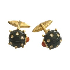 Yellow Gold Cufflinks, Ladybird with Black Enamel, Diamonds en Coral, Lofredo