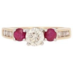 Yellow Gold Diamond and Ruby Ring, 14 Karat Round Brilliant Cut 1.80 Carat