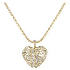 Yellow Gold Diamond Heart Pendant 2.12 Carat