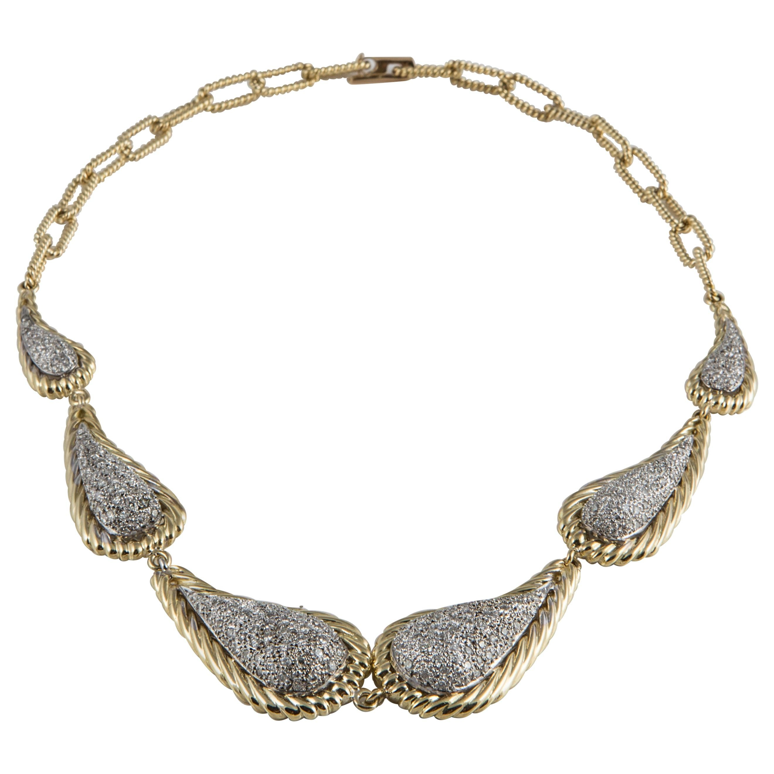 Diamond Plaque Necklace in 18K Gold