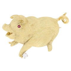 Yellow Gold Diamond and Ruby Pig Brooch, 18 Karat Round Cut Accents Animal Pin