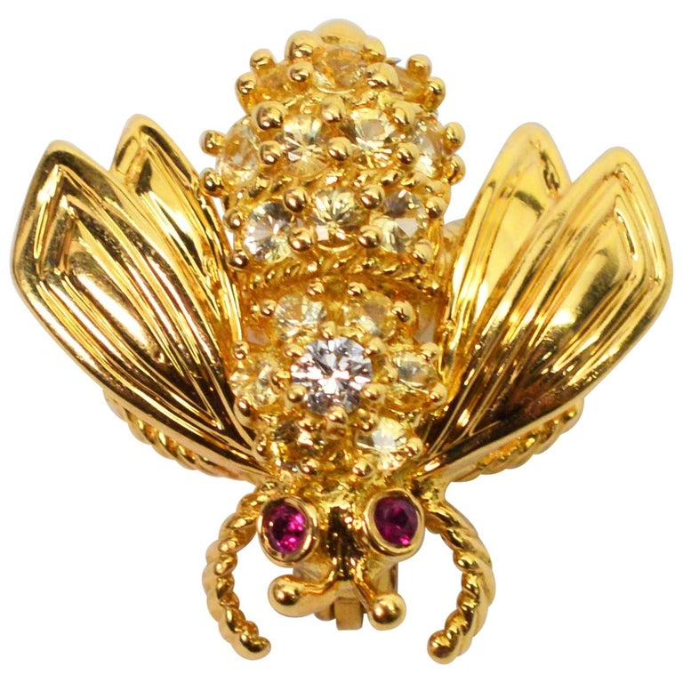Yellow Gold, Diamond Ruby Tiffany & Co. Bumble Bee Pin Brooch For Sale