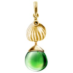 Yellow Gold Drop Pendant Necklace with Green Quartz by the Artist