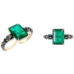 Yellow Gold Emerald Double Finger Ring Black and White Diamonds