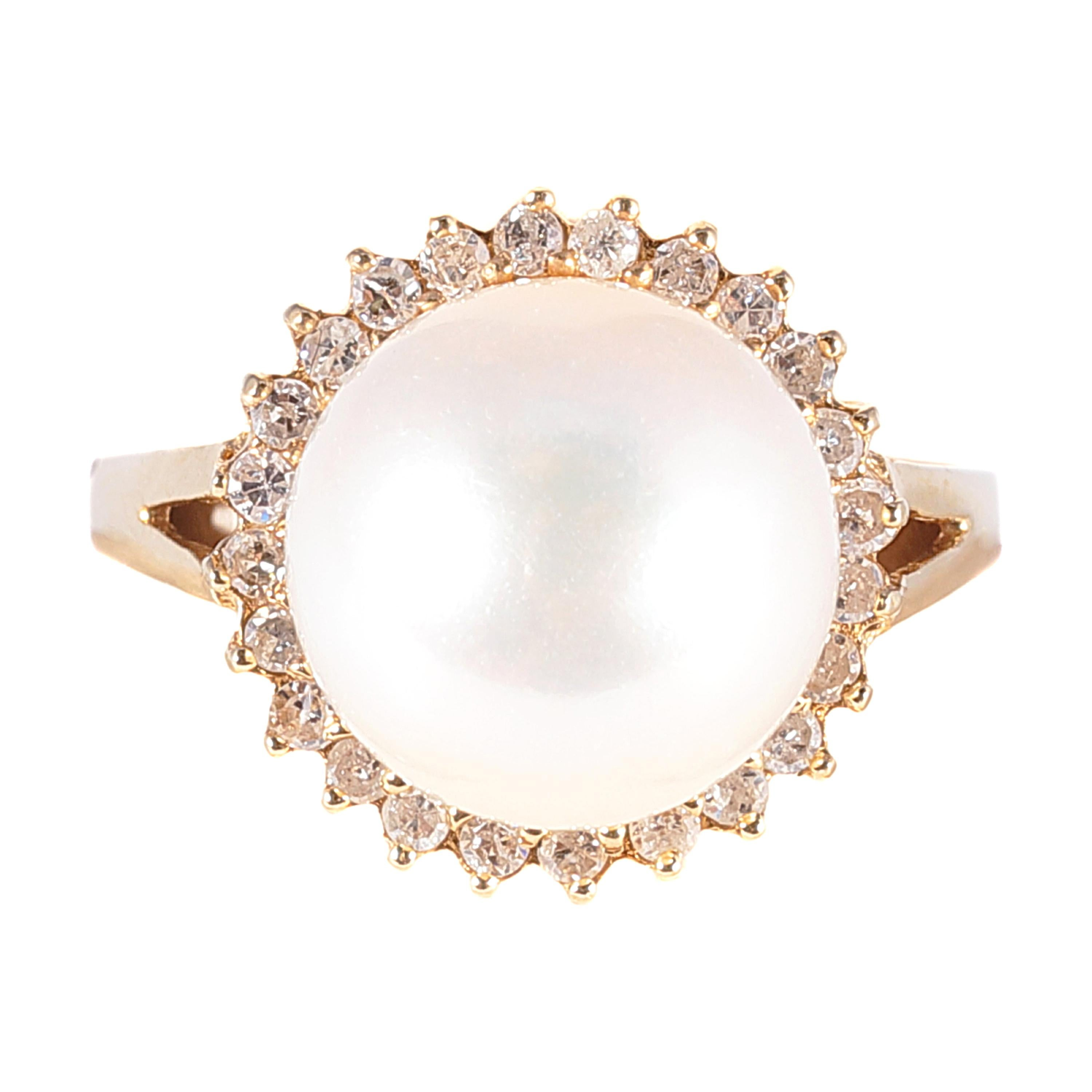 Yellow Gold Freshwater Cultured Pearl Diamond Ring