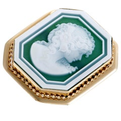 Yellow Gold Green Agate Cameo Large Ring