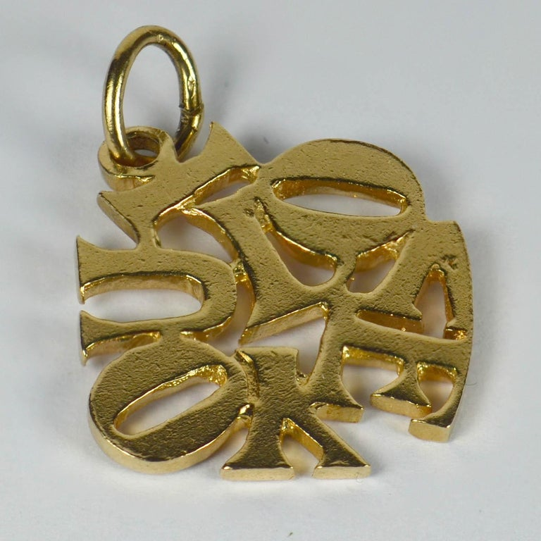 Yellow Gold I Love You Charm Pendant In Good Condition For Sale In London, GB