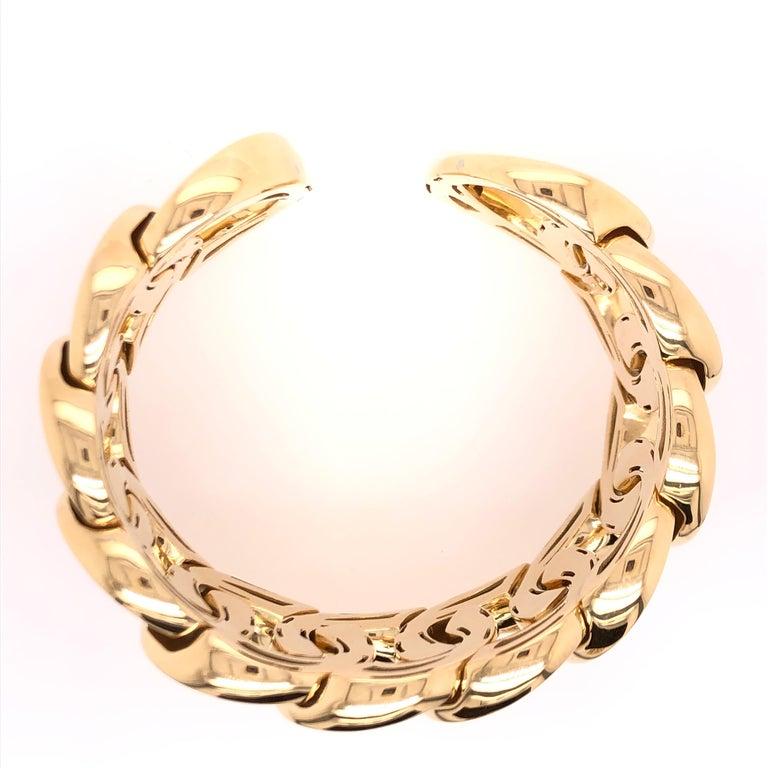 Modern Yellow Gold Large Link Bracelet For Sale