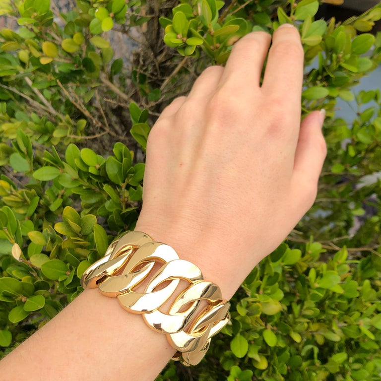 Women's Yellow Gold Large Link Bracelet For Sale