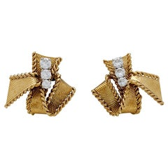 "Yellow Gold Mauboussin ""Knots"" Earrings Set with Brilliants"
