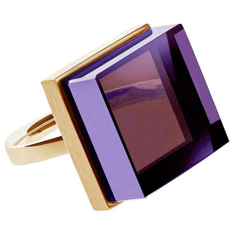 Yellow Gold Men's Art Deco Style Ring with Amethyst, Featured in Vogue For Sale